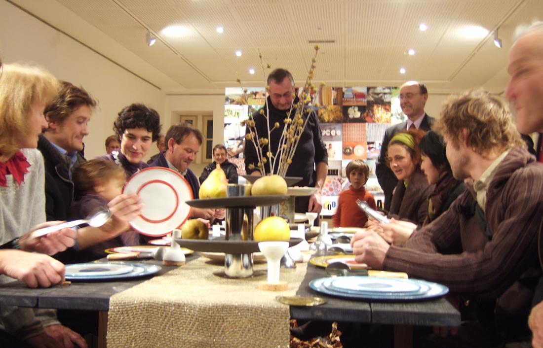 A Tavola ! design Stefania Di Petrillo, en résidence au Pôle Expérimental des Métiers d'Art de Nontron, dans le cadre des résidences de l'Art en Dordogne