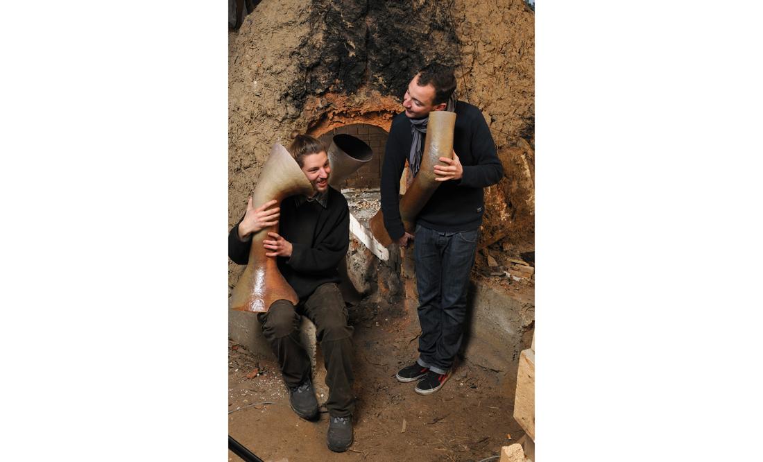 Jean Couvreur, designer et Tristan Chambaud-Héraud, céramiste - résidence au Pôle Expérimental des Métiers d'Art de Nontron, dans le cadre des résidences de l'Art en Dordogne - photo B. Dupuy