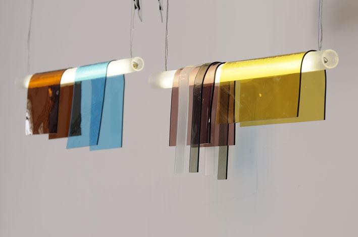 LAMPES PHOTOCHROME : Jean Couvreur, designer et Marilia Schetrite, vitrailliste et verrier à froid