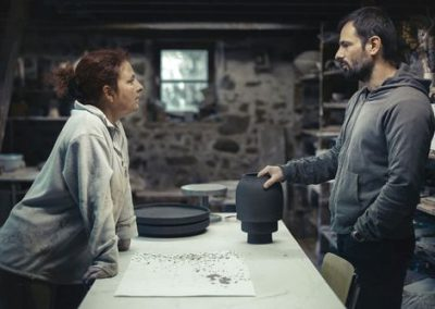 Krisitane hink, céramiste et Samuel Accoceberry, designer à l'atelier.