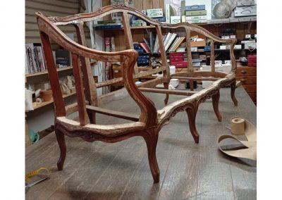 Canapé de l'Atelier L'Etoffe du Siège, Tapisserie d'ameublement - Crédit photo : Instagram @_photo_ synthese_