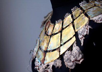 parure en laiton créée par Marie-Paule THUAUD, Créatrice de bijoux