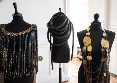 parures en laiton, création Marie-Paule THUAUD, Créatrice de bijoux