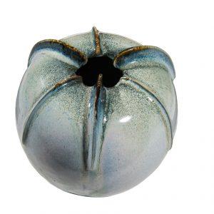 Vase côtelé en porcelaine émaillée