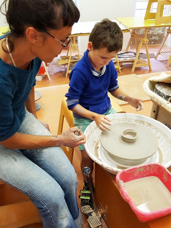 cours-poterie-enfant-nontron