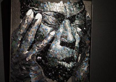 """Sandrine Combes, """"Miles Davis"""", mosaïque pâte de verre, atelier d'art à Nontron"""