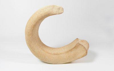 Sculpture «Croissant de Lune» en grès
