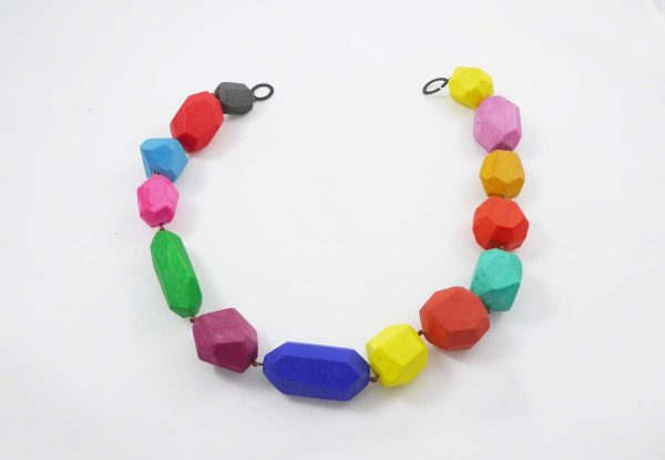 Collier polyèdres multicolores
