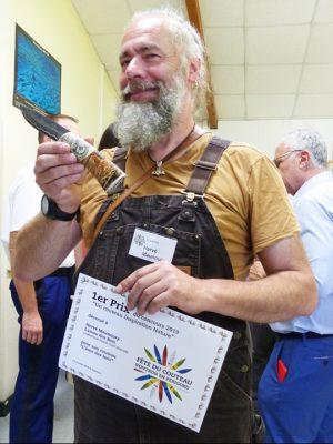 Prix de création coutelière pour Hervé Maunoury - Lames des bois.
