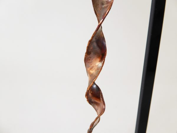 Boucles d'oreilles torsadées en cuivre chauffé - Marie-Paule Thuaud