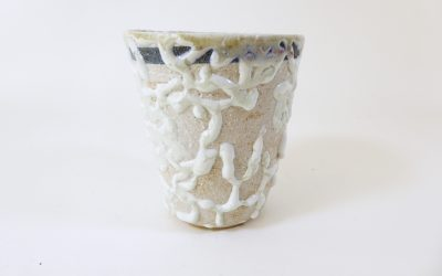 Gobelet en mélange de porcelaine