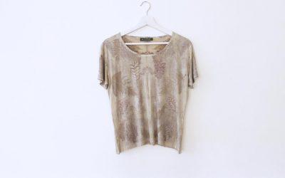 T-shirt gris en soie