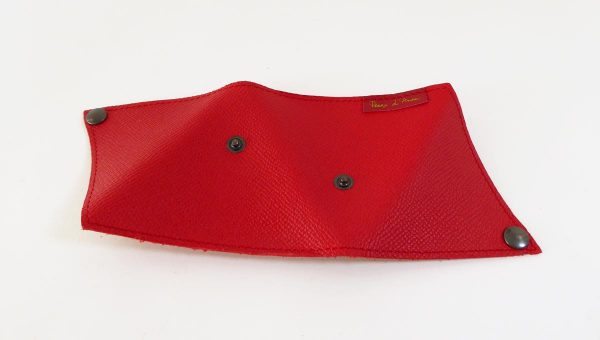 Triangolo-cuir-rouge-anne-rambaud