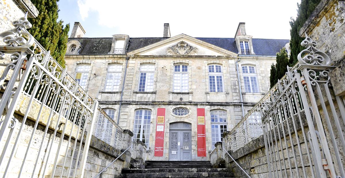 Façade du château - Photo de Jean-Yves Le Dorlot