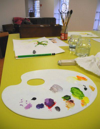 Cours de dessin et couleur à l'espace Métiers d'Art de Nontron